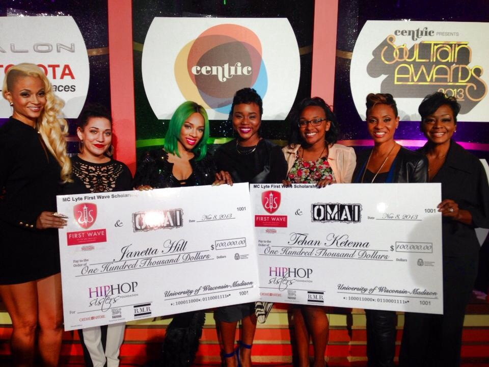 2013 -2014 MC Lyte $100,000 First Wave Scholarship Winners, Presented by Hip Hop Sisters Foundation at the 2013 Soul Train Music Awards